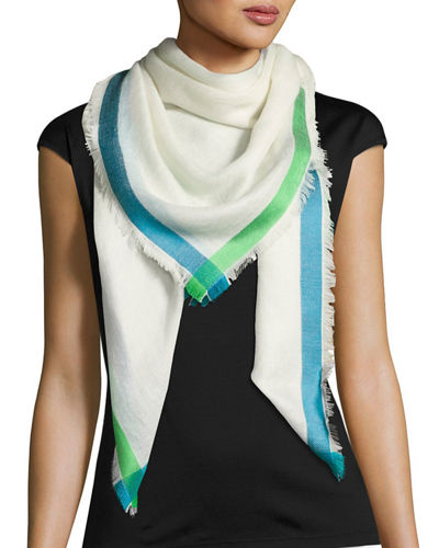 Contrast-Tipped Scarf