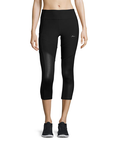 Colorblock Capri Performance Leggings