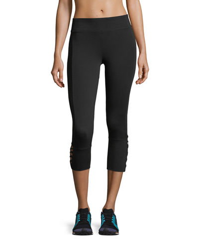 Crisscross-Cage-Cuff Cropped Performance Leggings
