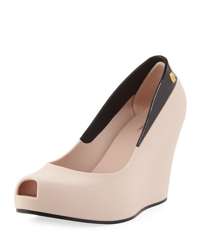 Queen Wedge II Pump