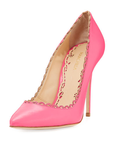 Valeria Scalloped Leather Pump