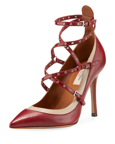 Grommet Smooth Leather Pump