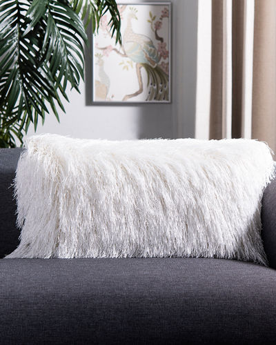 Indoor/Outdoor Shag Pillow  14 x 24