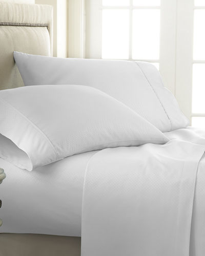 Checkered-Embossed 4-Piece Bed Sheet Set  Queen