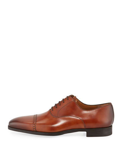 Men's Wolden Perforated Lace-Up Dress Shoe
