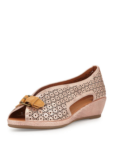 Lanner Laser-Cut Slip-On Wedge