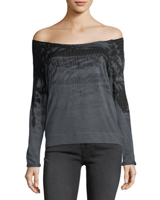 GYPSY 05 Comfy Off-The-Shoulder Tie-Dye Tee in Charcoal
