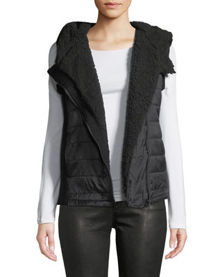 ANNA CAI Ribbed Knit Fleece Hooded Vest in Black